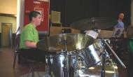 Lucas à la percussion